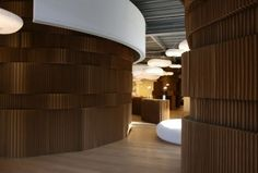 The-molo-Paper-Wall-Design-920x621