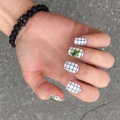 Nail art Christmas - the festive spirit on the nails. Over 70 creative ideas and tutorials - My Nails Nails Polish, Nail Polish Colors, Short Nail Designs, Nail Art Designs, Nails Design, Design Art, Design Ideas, Nagellack Trends, Dream Nails