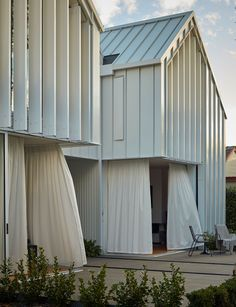 Great architecture preserves the memory of a quake damaged home