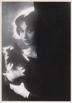 Все размеры | Одри Хепберн, Париж, 1958 год. © Сэм Шоу | Flickr - Photo Sharing!