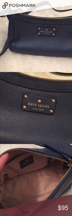 "Kate Spade Crossbody Bag Excellent condition!  Clean inside and out.  Only flaws are marks on the bottom and two similar tiny marks on the back.  Great bag.  10"" X 6"" X 5"" kate spade Bags Crossbody Bags"