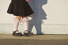 ~Ruffles And Stuff~: Tiny Tights to Knee-High Socks. A great way to use tights that no longer fit your little one! New Dress A Day, Bobby Socks, Bubble Skirt, Kids Socks, Knee High Socks, Refashion, Diy Clothes, Diy Fashion, Cool Kids
