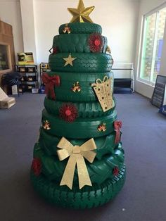 Tyre Christmas Tree.            Gloucestershire Resource Centre http://www.grcltd.org/home-resource-centre/