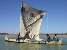 pirogue-or-local-fishing-boat-at-morondava-madagascar.jpg