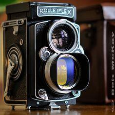 Rolleiflex TLR Planar f/2.8 80mm Zeiss Medium Format Camera by Rob McKay Photography, via Flickr