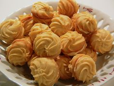 Orangen - Vanille - Plätzchen, ein schönes Rezept aus der Kategorie Kekse & Plätzchen. Bewertungen: 32. Durchschnitt: Ø 3,9.