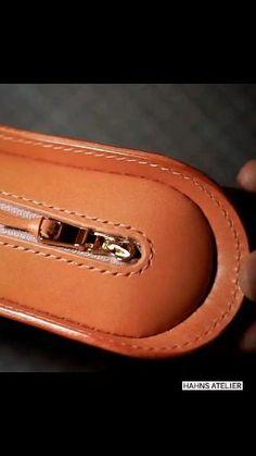 Leather Bag Tutorial, Leather Wallet Pattern, Sewing Leather, Stitching Leather, Leather Tooling, Leather Pencil Case, Leather Case, Leather Purses, Leather Handbags