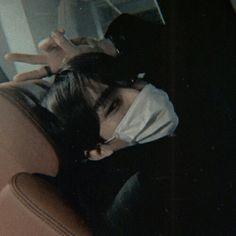 V Taehyung, Bts Jungkook, Foto Pose, Ulzzang Boy, Anime Art Girl, Bts Members, Boyfriend Material, Taekook, Bts Wallpaper