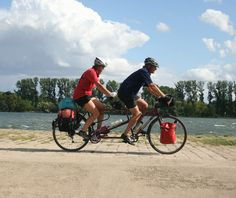 : Radfahren im Kulturland Rheingau