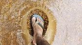 Photo that was taken at the exact frame the water went away from the foot. Birkenstock, Cool Pictures, Amazing, Exactement, Moment, Interesting Stuff, Frame, Water, Internet