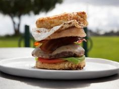 Junk Food Flip - The Cro-Do Burger Flip: Bobby's French Toast Burger with Onion Rings