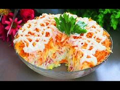 """НОВИНКА !!! Салат """"БАРХАТНЫЙ"""" из крабовых палочек. Экономный простой салатик - YouTube Medvedeva, Ketogenic Diet, Potato Salad, Mashed Potatoes, Cabbage, Recipies, Tasty, Healthy Recipes, Healthy Food"""