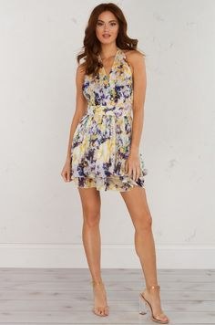 CANT HELP FALLING IN LOVE FLORAL DRESS(Get the Look at www.shopakira.com) #Dresses #OOTD #OOTN #ShortDress #FloralDresses #SexyDress #Outfits #Style #Fashion #Cutedress