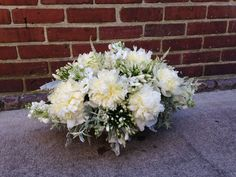 #whiteflowers #bouquet #garnish #floral