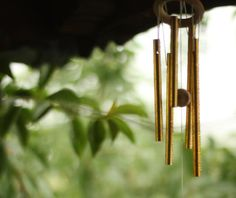 25 Feng Shui Tips for House Protection: Tall Wind Chime