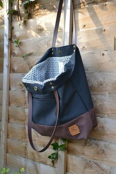 Grey Tote Bags, Small Tote Bags, Black Tote Bag, Brown Canvas, Shopper Bag, Cosmetic Bag, Black And Brown, Leather Backpack, Messenger Bag