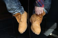 When you think of Timberland boots, you're thinking of these classic waterproof boots. Timberland Outfits Men, Timberland Classic, Timberland Boots Outfit, Timberlands, Fashion Shoes, Mens Fashion, Waterproof Boots, Brogues, Shoe Boots
