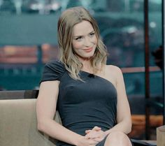 ❤️ Emily Blunt on a talk show