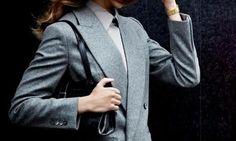 szary niebieski garnitur