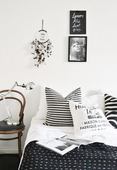 Black and white bedroom interior Black White Bedrooms, Black And White Interior, White Interior Design, Bedroom Black, Dream Bedroom, Home Bedroom, Bedroom Decor, Bedroom Ideas, Bedding Decor