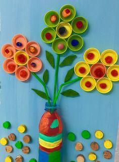 Bastelideen Recycling Basteln mit Plastikbechern PET Flaschen Deckel How Sound Insulations Work Soun Plastic Bottle Flowers, Plastic Bottle Crafts, Recycle Plastic Bottles, Plastic Recycling, Preschool Crafts, Crafts For Kids, Arts And Crafts, Paper Crafts, Kids Diy