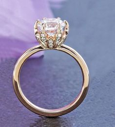 Beautiful rose gold style white zircon engagement ring that will melt your heart