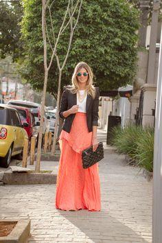 anna-fasano-look-laranja-saia 05