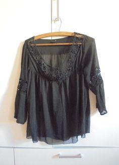 Kup mój przedmiot na #vintedpl http://www.vinted.pl/damska-odziez/bluzki-z-3-slash-4-rekawami/10025304-czarna-bluzka-mgielka-motyw-azurowy