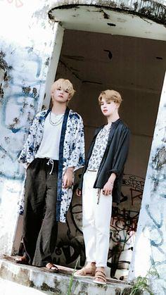 BTS - Summer Package 2018 In Saipan (by bangtan sonyeon scans) V Taehyung, Jhope, Bts Vmin, Kim Namjoon, Bts Bangtan Boy, Seokjin, K Pop, Billboard Music Awards, Foto Bts