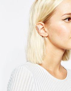 Ear cuff con barras y perlas de fantasía de ASOS