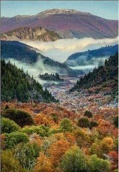 Road to El Bolson in Autumn. Argentina www.ruta40.com.ar