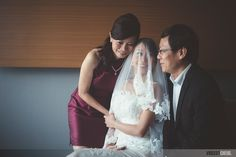 Wedding day - Bride with her parents