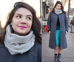 DYI Embellished Scarf Made With Recycled Cashmere Sweater - fripe fabrique