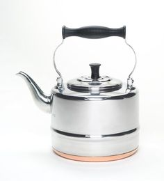 BonJour 2-Qt. Stainless Steel Classic Tea Kettle with Copper Bottom BonJour http://www.amazon.com/dp/B002LGFF6U/ref=cm_sw_r_pi_dp_P2PRvb150MEP7