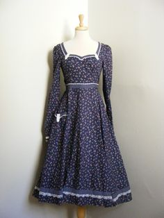Gunne Sax by Jessica Vintage Dresses, Vintage Outfits, Vintage Fashion, Plus Clothing, Historical Clothing, Pattern Fashion, Cotton Dresses, Dress Patterns, Gunne Sax
