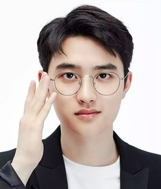 Find images and videos about kpop, exo and glasses on We Heart It - the app to get lost in what you love. Kyungsoo, Exo Chanyeol, D O Exo, Kaisoo, Baby With Glasses, Kpop, Exo 2017, Exo Album, Exo Korean