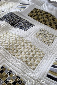 Green Fairy Quilts the Patchwork Baby Quilt from beautiful quilting Patchwork Quilting, Quilt Stitching, Longarm Quilting, Free Motion Quilting, Machine Quilting, Quilting Tutorials, Quilting Projects, Quilting Ideas, Quilt Inspiration