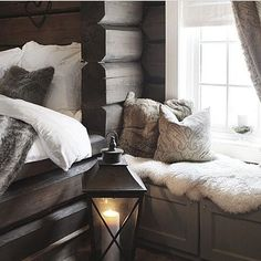 """""""Cred: @pyntlund_interior ⭐️ Good Night #interior_and_living"""" Bedroom Inspo, Home Decor Bedroom, Weekend Cottages, Best Interior, Interior Design, Creole Cottage, Beautiful Home Gardens, Winter House, Winter Cabin"""