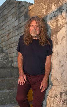 Robert Plant. Photo by Frank Melfi