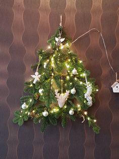 Alternatieve Kerstboom gemaakt.