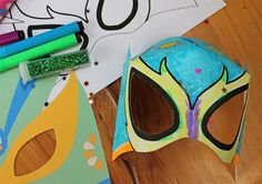 Make and decorate your own coloring in Lucha Libre mask with our free printable template. Perfect for;  Classroom or homeschool activities, kindergarten children, parties or fiestas, activities for kids, Cinco de Mayo festivities and any time some Mexican wrestling take a hold of over you! rhttps://happythought.co.uk/craft/printables/how-to-make-lucha-libre-masks-free-templates