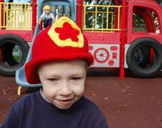 fireman hat free crochet pattern g and f hooks Easy Crochet Hat, Crochet Toddler, Crochet Kids Hats, Crochet Beanie Hat, Crochet For Boys, Knit Or Crochet, Cute Crochet, Fast Crochet, Crochet Dolls