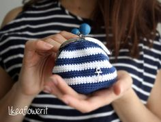 crochet navy coin purse