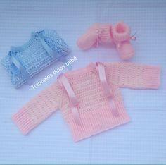 ¡Hola a tod@s!   Hoy domingo comienzo una nueva andadura y para empezar pongo un tutorial de una ch... Love Knitting, Knitting For Kids, Baby Knitting, Crochet Baby, Knit Crochet, Toddler Dress, Baby Dress, Knitted Baby Outfits, Bebe Baby