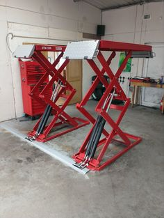 On Floor Scissor Lift We have the Car Lift for Your Garage Fast Financing Available 800-225-7234 www.fastequipment.net