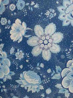 Folklore Chintz Dark Blue 341013 - Wallpaper