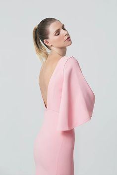 French designer Sakina Shbib launched her first Ready-to-wear 2017 collection. Sakina associates her two strongest signatures: structure and elegance. Hereby is the Lookbook shot by photographer Mokhtar Beyrouth.  Tags: Pret a porter, Sakina Paris, Fashion designer, Arab, craftsmanship, elegantly, allure, Parisian, style, garments, minimalism, French look, French style, French elegance, fashion photography, editorial, fashion editorial, mode, photo de mode, photoshoot, dress