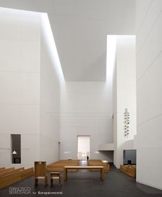 Rafael Moneo — Iglesia de Iesu — Image 10 of 26 - Europaconcorsi