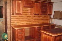 Кухня из массива сосны «Уют» Corner Desk, Furniture, Home Decor, Corner Table, Decoration Home, Room Decor, Home Furnishings, Home Interior Design, Home Decoration
