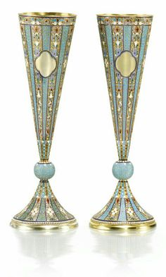 This is what I should be drinking out of next weekend! A pair of silver-gilt and cloisonné enamel champagne flutes, Nemirov-Kolodkin, Moscow, 1894 Objets Antiques, In Vino Veritas, Bronze, Champagne Glasses, Russian Art, Antique Silver, Glass Art, Pottery, Turquoise